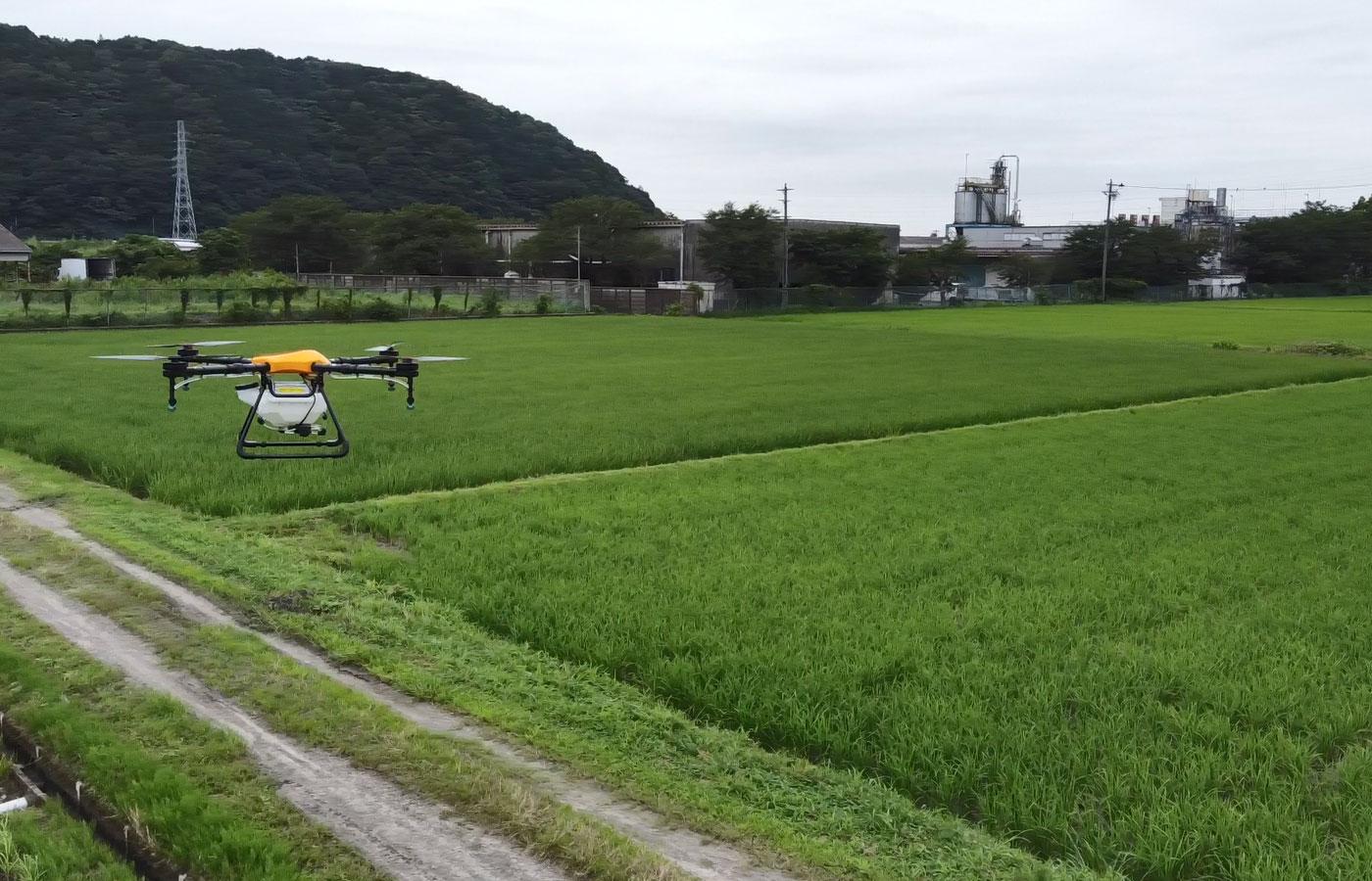 農薬散布ドローン